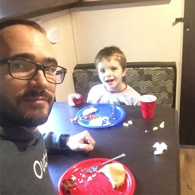 We had a full house in the RV for breakfast, so Liam and I ate in the bunk room. Loving this thing